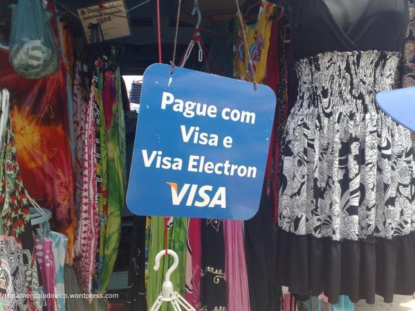 Não levou dinheiro para praia? Use Visa!
